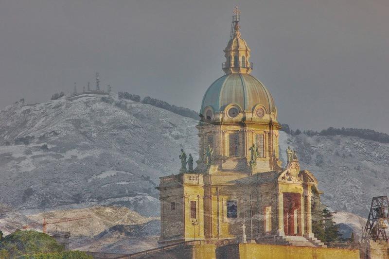 Sarà un weekend freddo. Possibile altra neve sui Peloritani