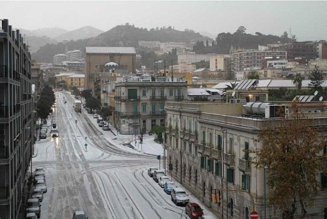 Neve tonda in collina e grandinate fino in Città possibili nelle fasi di intensi rovesci tra domani e venerdì
