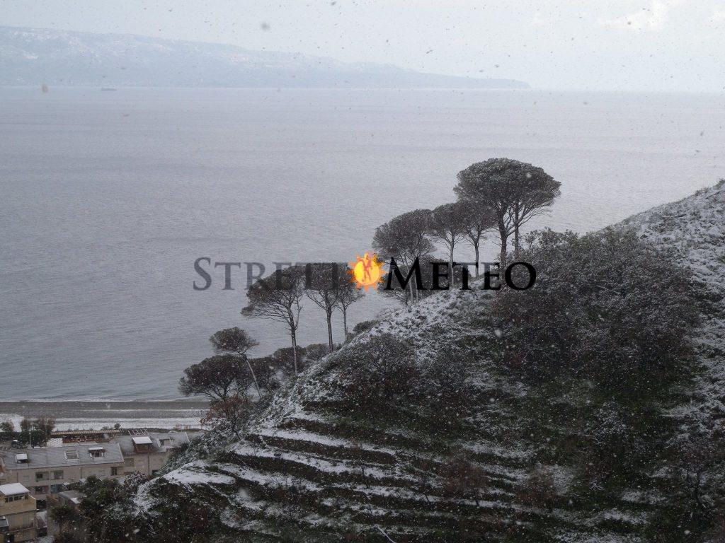Scuole chiuse a Messina per freddo. Esagerazione o atto dovuto?