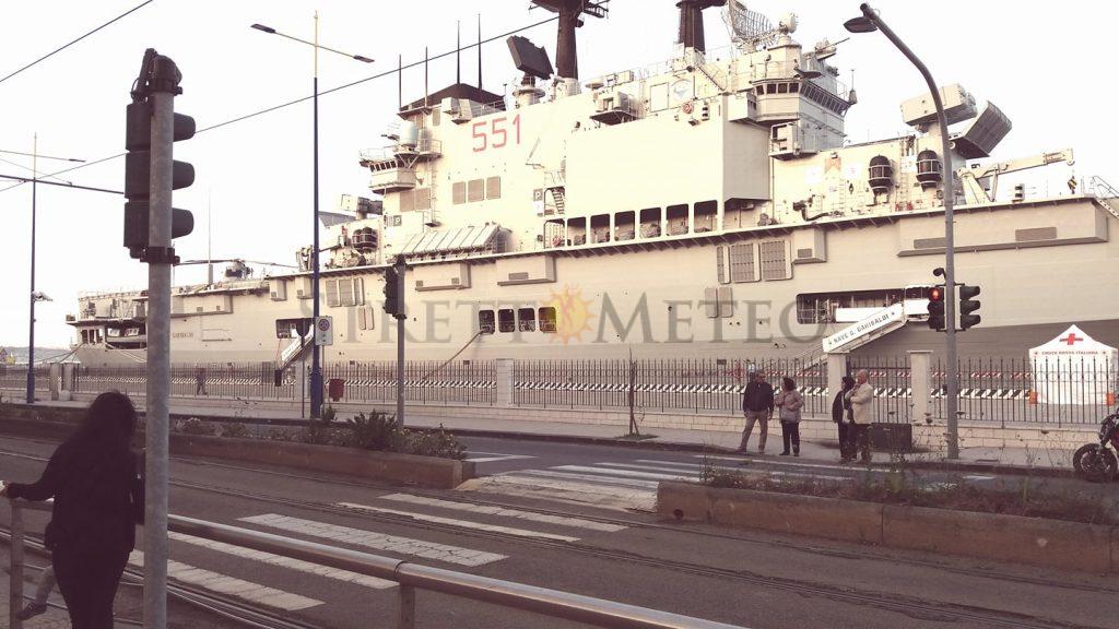 A Messina la Nave portaerei Garibaldi aperta al pubblico