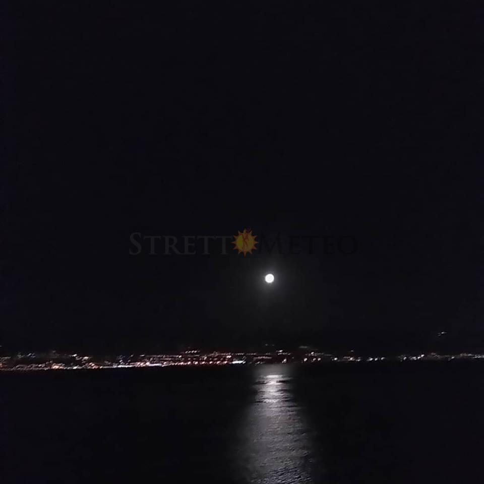 Questo mese diversi eventi astronomici tra i quali un'eclissi lunare