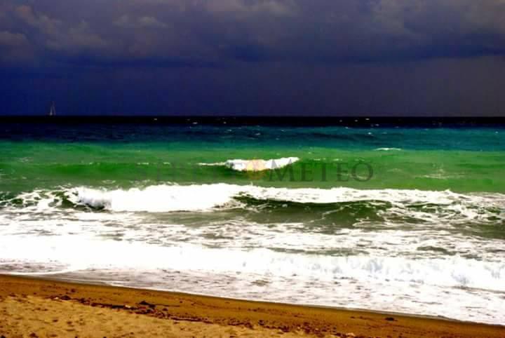 Maestrale in rinforzo, nubi ed anche piogge verso lo Stretto di Messina!